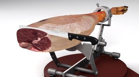 Example of carving a jamon crosswise